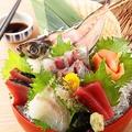 料理メニュー写真宮崎水揚げ!毎朝直送!長谷川水産様の極絞めの鮮魚刺し盛り合わせ