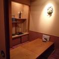 奥の4~6名様個室は、落ち着いた雰囲気です