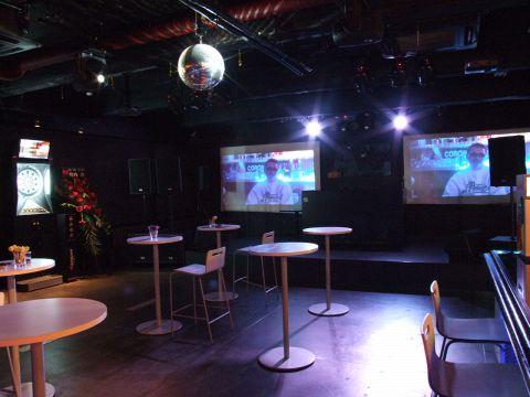 お酒とお食事、ダーツを楽しめる広々空間♪各種イベントなども承っております☆