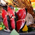 料理メニュー写真鰹のたたき マヨポン七味