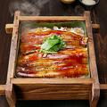 料理メニュー写真やわらか煮穴子の蒸籠飯