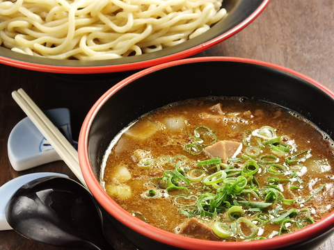 香里園でつけ麺といえば【麺道服部】濃厚でコクのあるスープとうまい麺が自慢☆