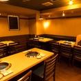 焼肉宴会にピッタリな広々としたテーブル席を完備しております。仕事終わりのサク飲みから女子会、懇親会や歓送迎会など様々なシーンにご利用ください。
