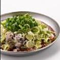 """【おいしい""""仁""""の食べ方4:追加のお食事や味の濃さをカスタマイズ】生姜や唐辛子を追加して味を変えるのも良し!追加のお食事を頼むのも良し!あなだだけの特別な鍋をご堪能下さい!"""