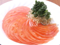 料理メニュー写真トマトとじゃこのサラダ