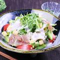 料理メニュー写真桜王ポークの生ハムシーザーサラダ