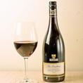 おすすめワイン2 【ギーセン  ブラザーズ ピノノワール(ニュージーランド)】ミディアムボディ。強く深みのある香りと果実味豊かな口当たり、上品でキレの良い後味。(税抜5900円)