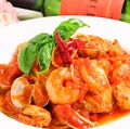 料理メニュー写真海老とムール貝のアラビアータ