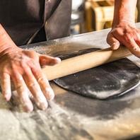 パスタやパンなども生地から全て手作りです