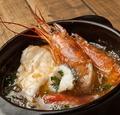 料理メニュー写真えびと鮮魚のアヒージョ