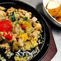 料理メニュー写真チキンと彩り野菜のアヒージョ