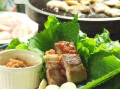 韓国食彩 オモニ 各務原店の特集写真