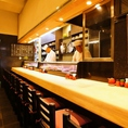 厳選した新鮮な活魚・寿司・やきとり・うなぎ等を目の前で調理!