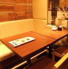会社帰りにも使える4名テーブル♪ホットペッパー限定★生ハム1皿1円★(クーポン利用時)