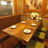 大人数から少人数まで、シーンに合わせてご利用いただけるテーブル席★