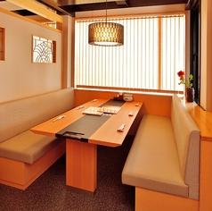 半個室のテーブル席もございます。※お席はイメージです