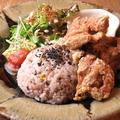 料理メニュー写真【CAFETORA若鶏の唐揚げセット】(十五穀米/ミニサラダ/前菜/スープ)