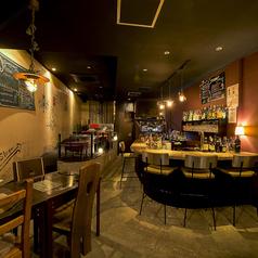 Bar pretty vacantの雰囲気1