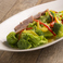 鴨肉とブロッコリーのトリュフオイルサラダ
