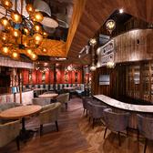 DiningCafe&Bar East-142 池袋東口店の雰囲気2