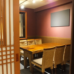 扉付完全個室。接待や歓送迎会に。