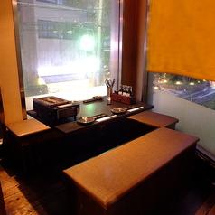 使い勝手のいい個室も充実♪同僚や仲間との飲み会に、最適な空間をご提供します。