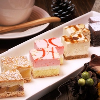 二次会にも人気のプチケーキをご用意します☆