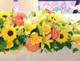 結婚式二次会時にはお花の装飾も♪