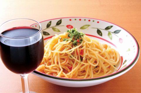 お手頃価格で気軽にイタリアンを楽しめるカジュアルレストラン★ドリンクバーも人気!