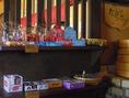 お子様に大人気、駄菓子コーナーもございます!是非ご家族連れで!