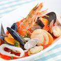 料理メニュー写真直送鮮魚の濃厚ブイヤベース