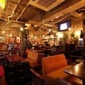 リゾットカフェ 東京基地 渋谷の雰囲気3