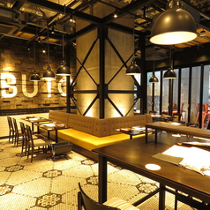 ブッチャー・リパブリック 五反田 シカゴピザ&クラフトビールの雰囲気1
