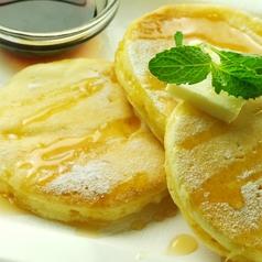 料理メニュー写真クラシックパンケーキ