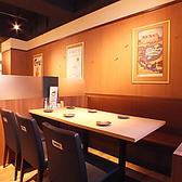 種類豊富なたこ焼きは全22種類。定番のソースから変り種までございます。あげたこ焼きは、外はカリっと中はトロトロの美味しさ。沢山の味の中からお好きな味にきっと出会えます!食べ放題コースで大阪の味を満喫ください!宴会には当店へ。