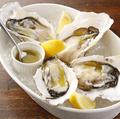 料理メニュー写真三陸産 殻付生牡蠣 2ピース