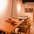 【1F】テーブル席…少人数のパーティーに使えるお席です