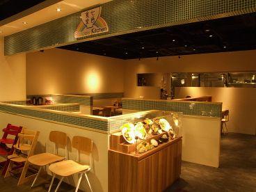 七色食堂の雰囲気1