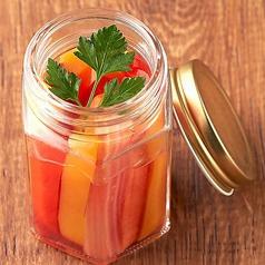 彩り野菜の自家製ピクルス