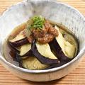 料理メニュー写真自家製 茄子揚げ浸し肉味噌のせ