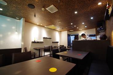地下食堂genta BAR DE MIKKAMACHIの雰囲気1