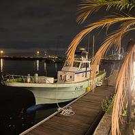 船が接岸できる数少ないレストラン!