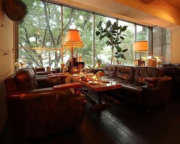 conceal cafe MIYAMASUZAKAの雰囲気1
