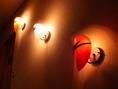 【お洒落なライト】階段横にも月…