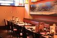 赤富士の横のテーブルは、宴会にも◎