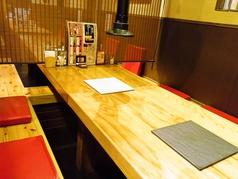 ゆったり座れるテーブル席はご宴会にも最適です。