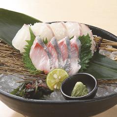 料理メニュー写真本日の直送鮮魚二種盛り合せ