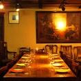 【1F テーブル席】フロア貸切は40名様から可能。最大200名様までOK!各種宴会や結婚式の2次会などに最適です!ご予約やご相談おまちしております!