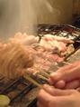 最高級紀州の備長炭でじっくり焼いてます!
