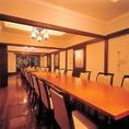 個室テーブル席。こちらでのご宴会30名様まで可能です。